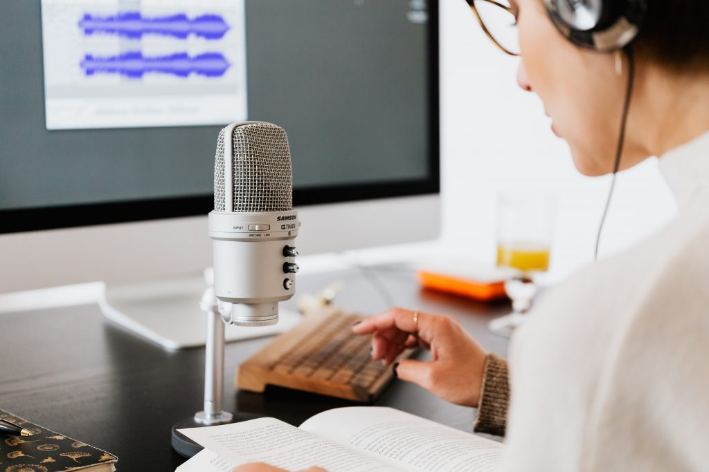 voice over jobs for beginners at home